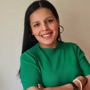 Cynthia  Alaluna