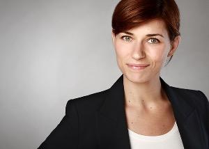 Sarah Maximilian